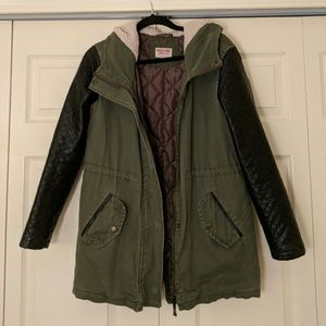 Mossimo | Green Winter Jacket with Fashion Sleeve